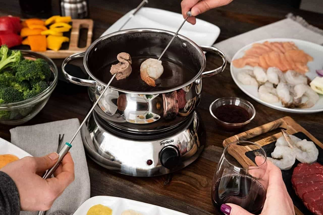 Best-electric-fondue-pots-